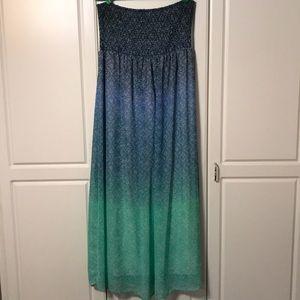 Dresses & Skirts - Blue/Green Ombré Maxi Dress